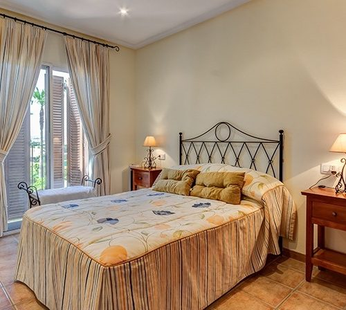 Furnished 2 Bedroom Apartment in Al Andalus Residencial, Vera Playa, €105,000